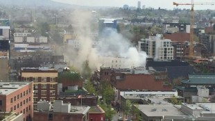 Fire on Pender near Main Street in Vancouver (April 21/15)  (Courtesy Twitter @SCConstruction)
