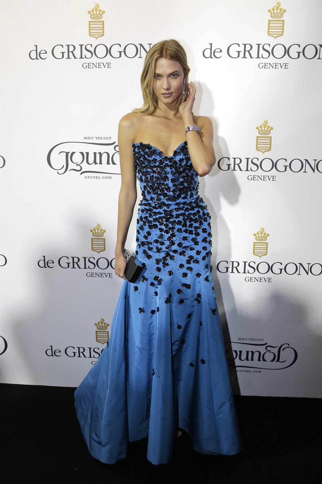 Cannes Documentary Film Pays Homage To Late Great Fashion Designer Oscar De La Renta News 1130