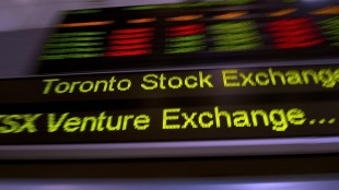 The TSX ticker is shown in Toronto on May 10, 2013. The Toronto stock market pulled back in early trading as oil prices weakened and financial stocks found little motivation from Canadian bank earnings. THE CANADIAN PRESS/Frank Gunn