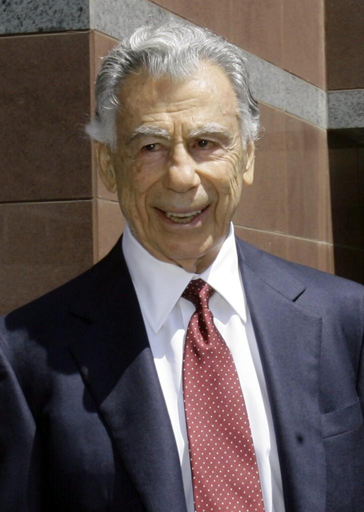 Billionaire Kirk Kerkorian, who made a fortune in Las Vegas hotels ...