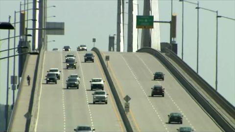 Rock throwing call on Lower Mainland bridge leads to arrest of Edmonton murder suspect