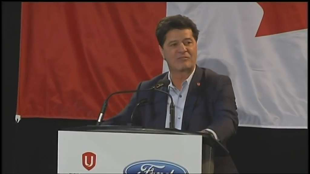 Unifor's Jerry Dias gives emotional speech at Oakville Ford plant