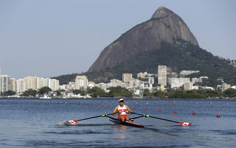 Jamie Oleksiak: Oleksiak's sister starring for CAN a Olympics