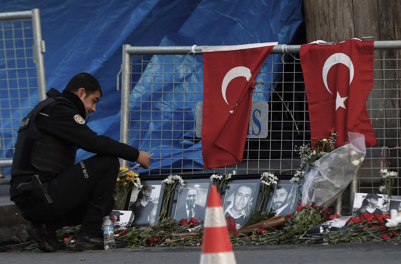 Turkey Arrests Wrong Man In Connection With Istanbul Nightclub Attack