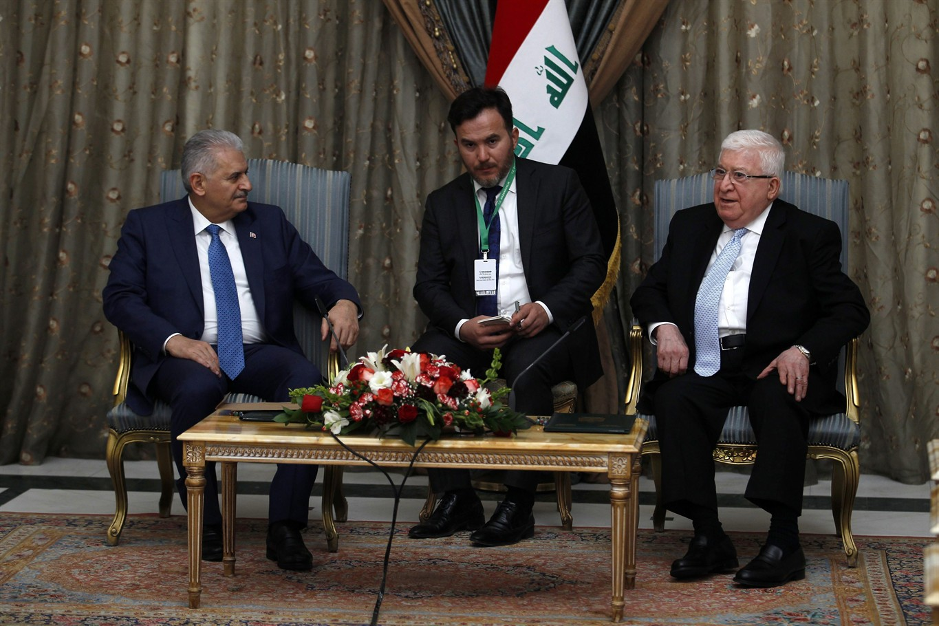 Turkish PM Holds Talks With Iraqi Leaders Over Troop Presence