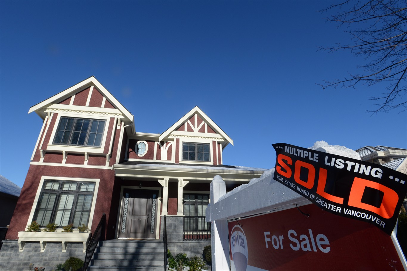 Vancouver real estate 'could very well be at the bottom of the market', expert says