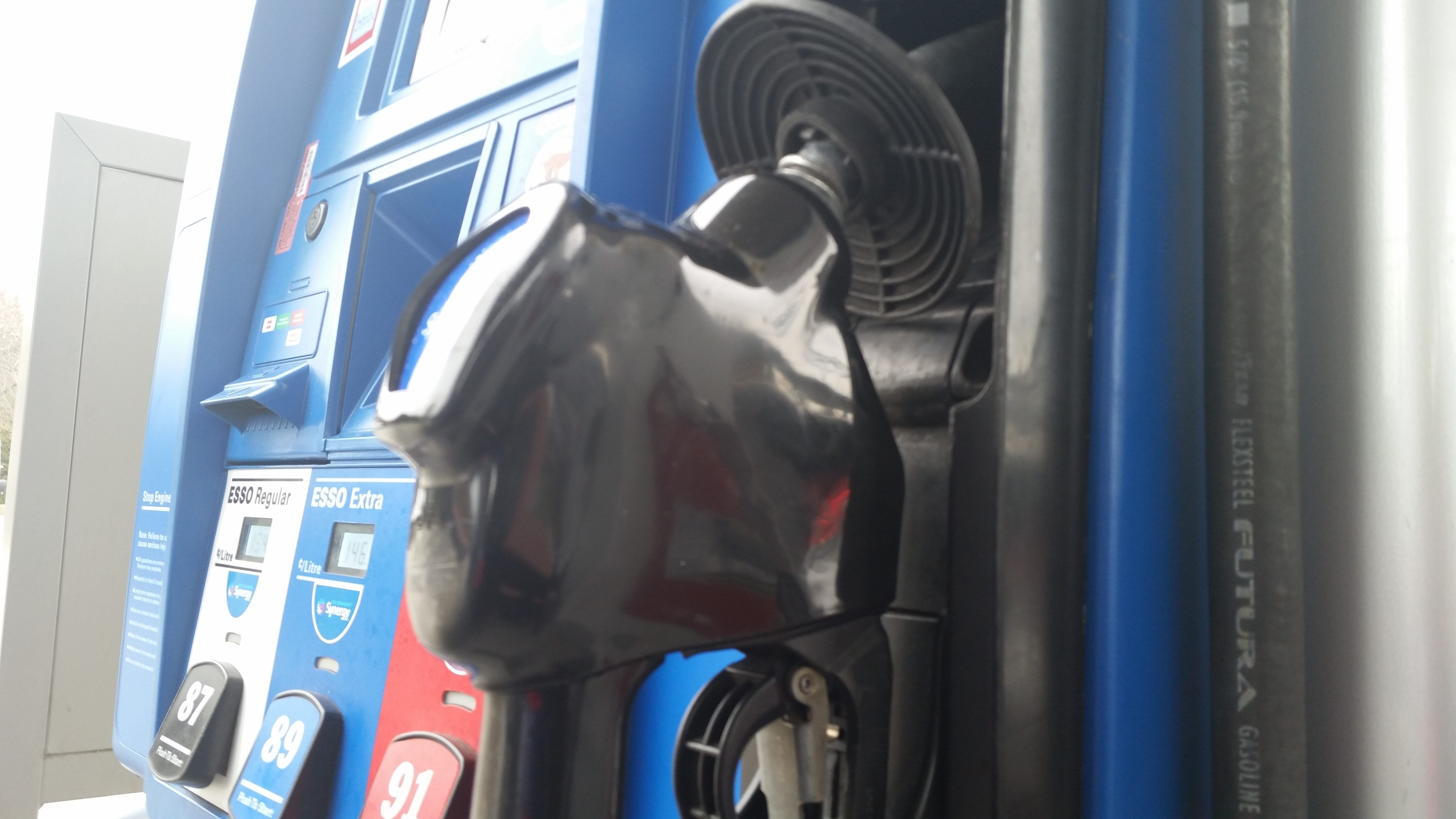 Gas prices to go up but only temporarily analyst NEWS 1130