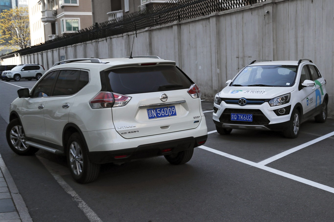 china car dilemma beijing wants electric buyers want suvs news 1130. Black Bedroom Furniture Sets. Home Design Ideas