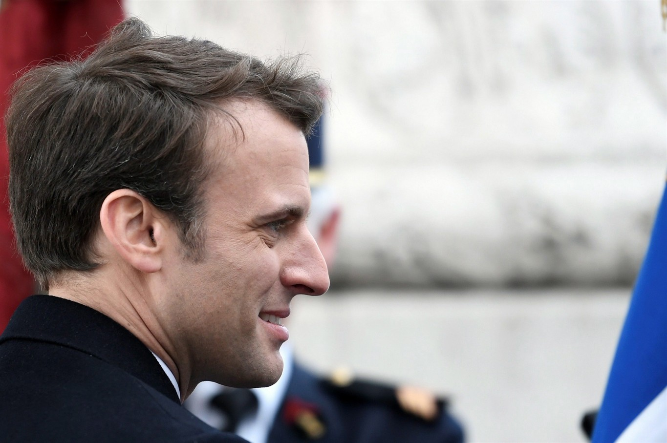 Emmanuel Macron prepares groundwork for transition to power