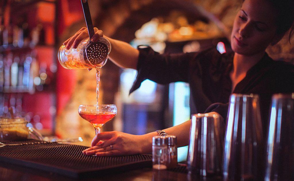 Restaurants Canada gives B.C. a 'C' grade for liquor policies