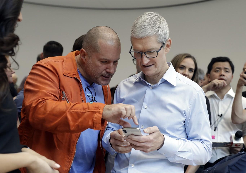 Tim Cook prezradil, že v prípade Applu bude vždy trpezlivý. Pri iPhone X toto pravidlo pravdepodobne zafungovalo - svetapple.sk