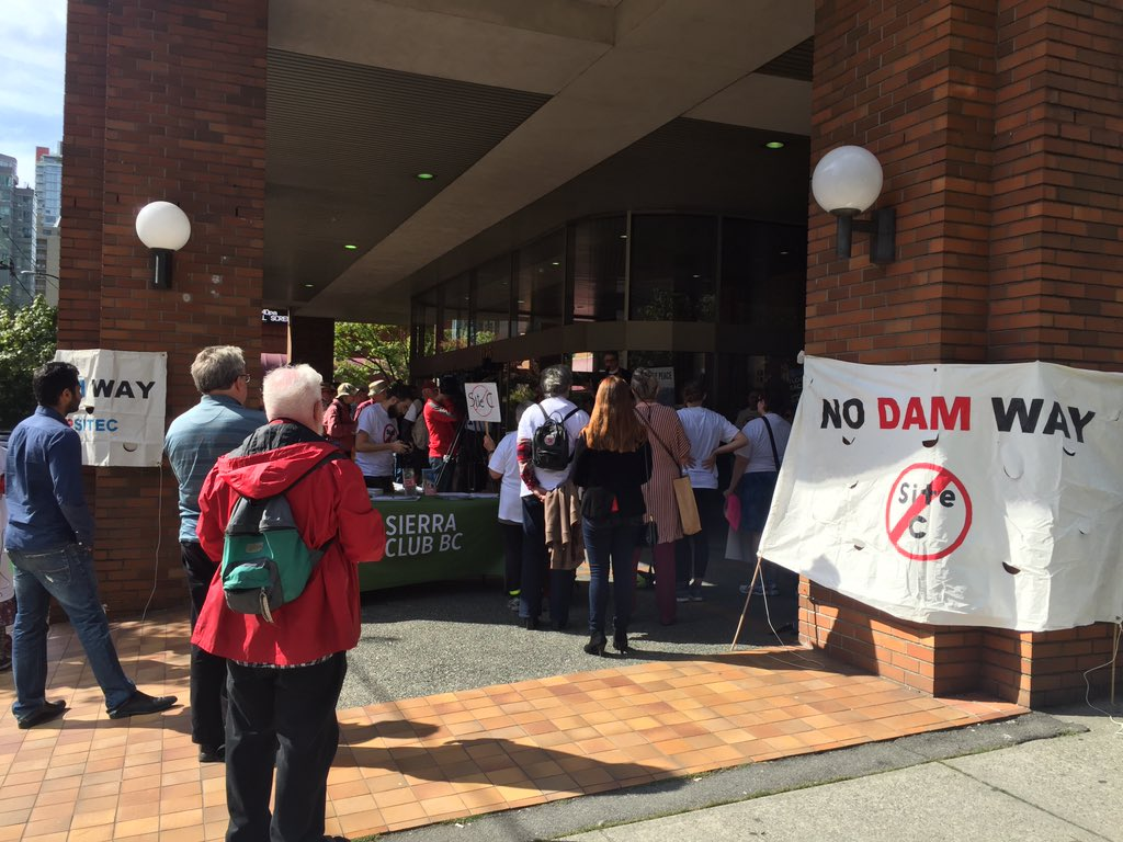 Rally held in Vancouver against Site C