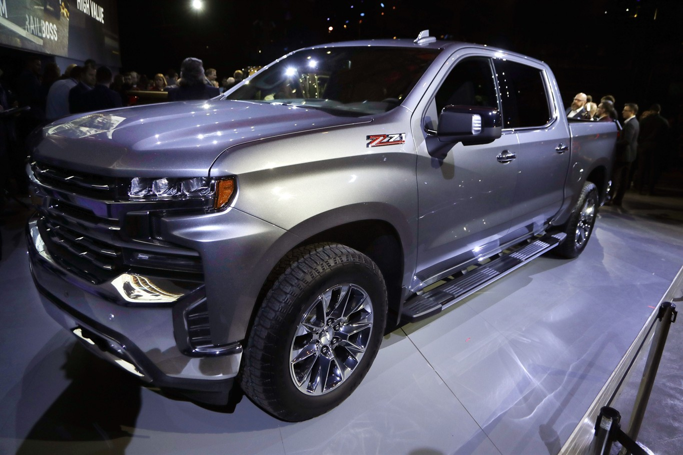 New pickups from Ram, Chevy heat up big-truck competition ...