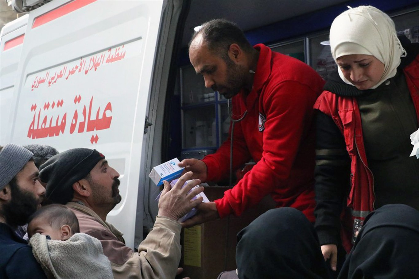 Hundreds Flee Eastern Ghouta as Aid Delivery Stalls