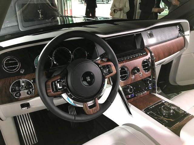 Rolls Royce Suv Debut Cements Vancouver S Luxury Car