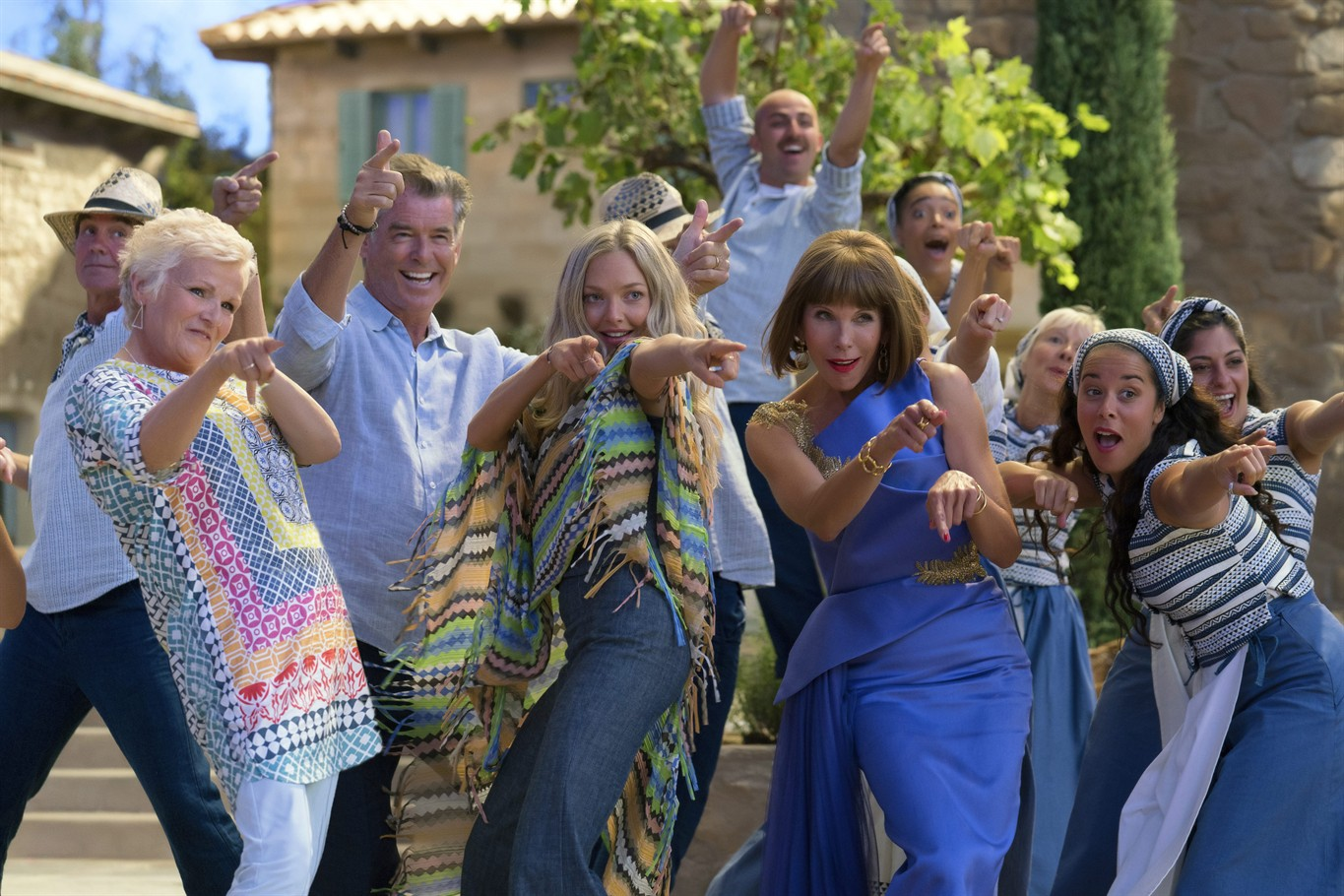 Review: Bask in the effervescent insanity of 'Mamma Mia 2 ...