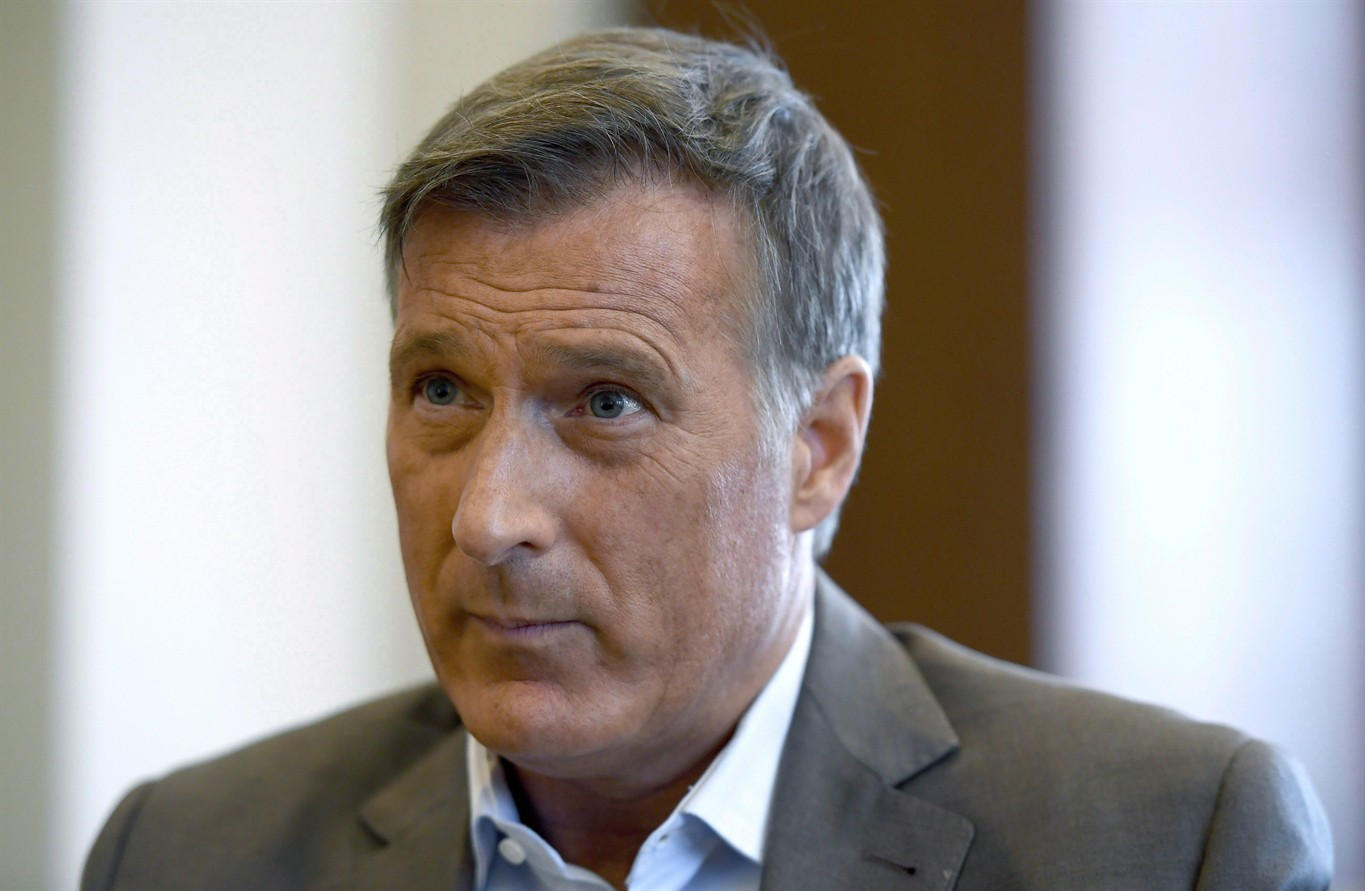 Quebec MP Maxime Bernier bails on Conservatives, lays
