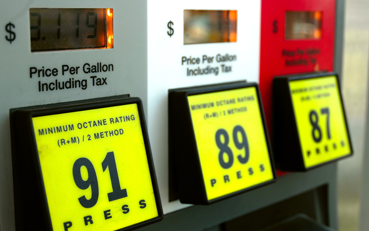 Gas prices jump after pipeline shutdown in Washington state - NEWS 1130