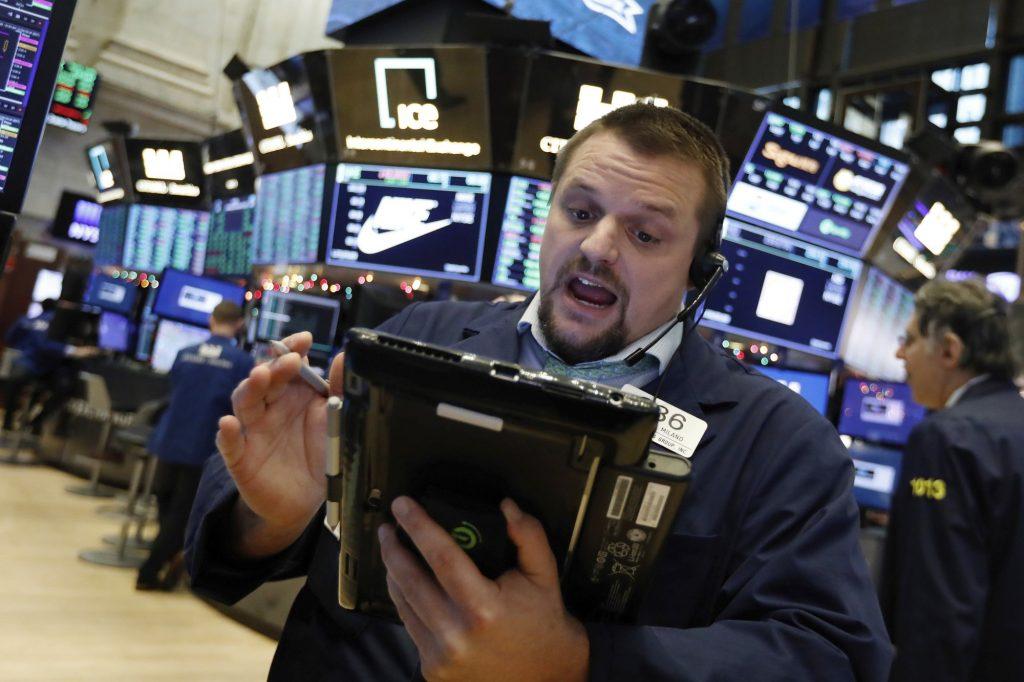 US stocks attempt rebound