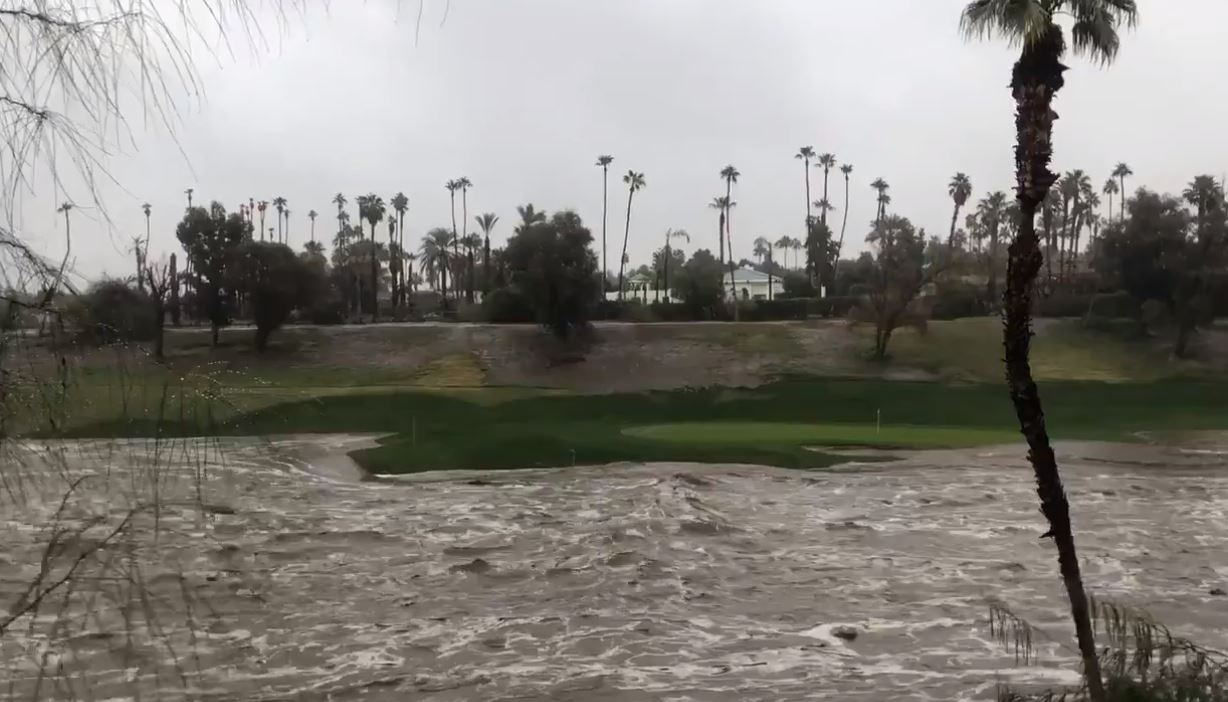 Canadians in California concerned as Palm Springs is hit with heavy rains