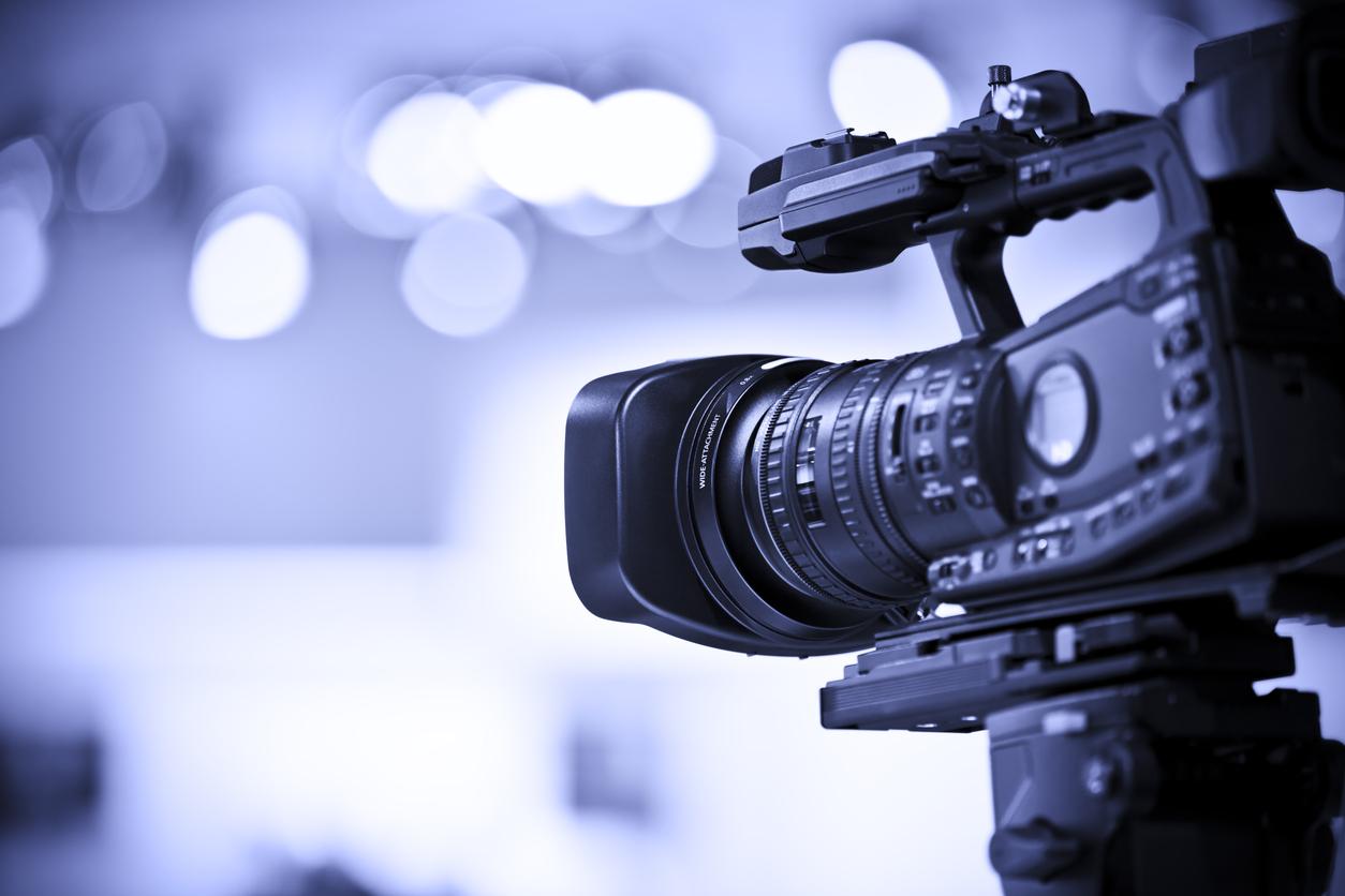 California news crew's camera stolen, guard shot