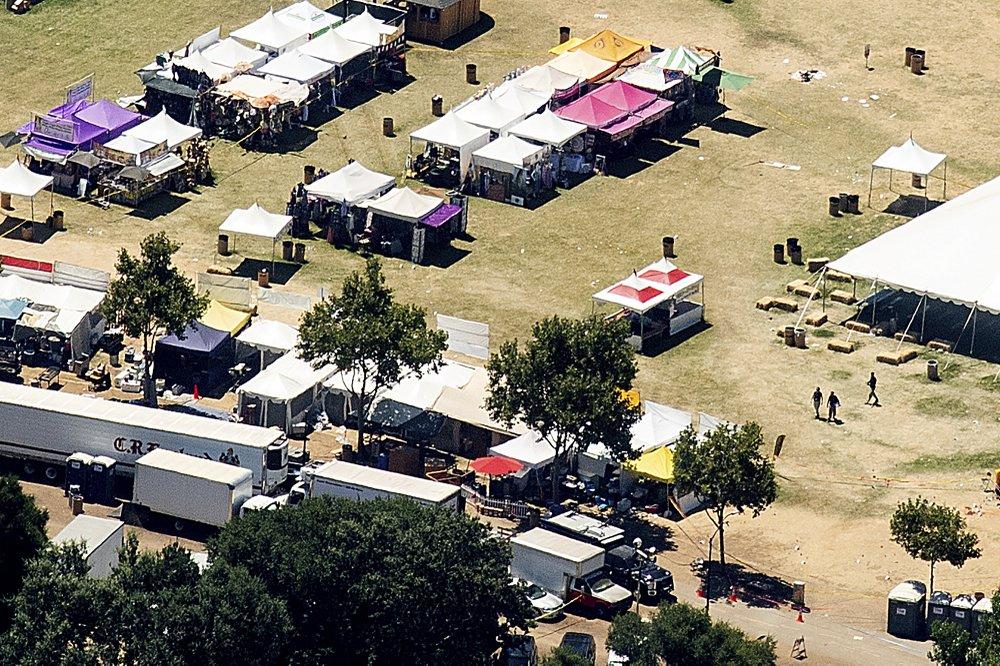 Christmas Hill Park California.Gunman Posted Online Minutes Before Killing 3 At California
