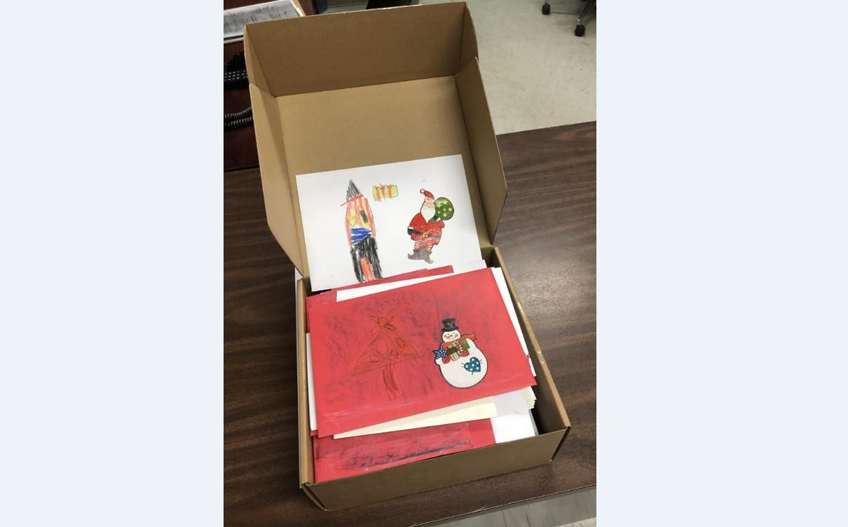Delta woman hopes to gather thousands of holiday cards to give to homeless - CityNews Vancouver