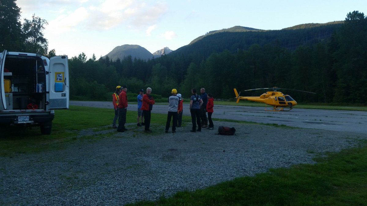 Five hikers stranded on Eagle mountain found by rescue crews