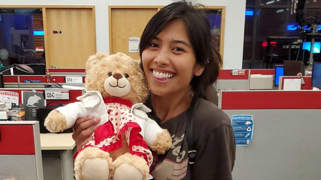 Ryan Reynolds offers $5000 reward for return of woman's teddy bear