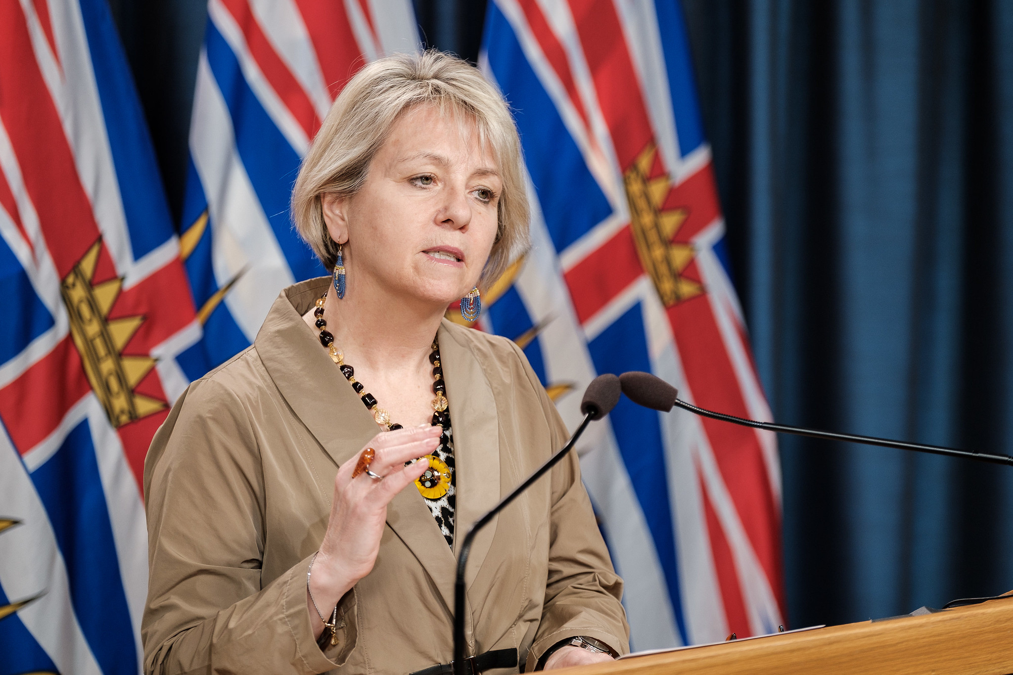 COVID-19: B.C. health officials announce 737 new cases, 11 deaths