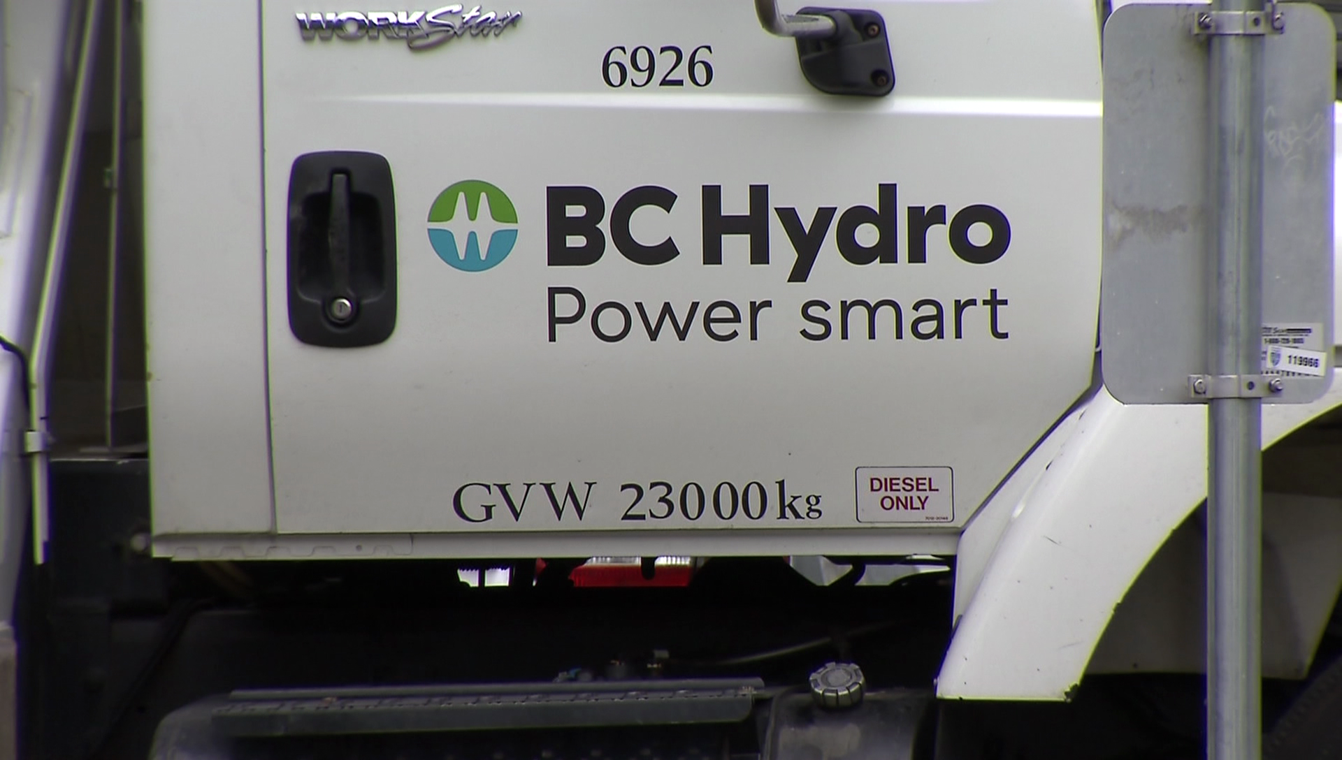 Thousands lose power in Metro Vancouver on Friday - NEWS 1130
